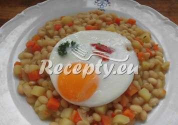 Fazole s bramborami