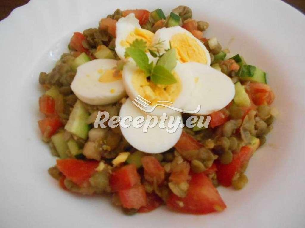 Čočková mísa s vejci a okurkou